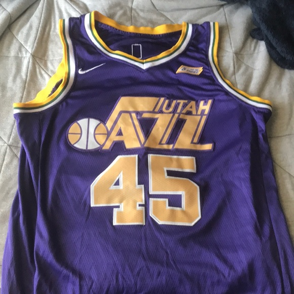 timeless design 0e87b a1918 Nike Donovan Mitchell throwback Utah Jazz Jersey